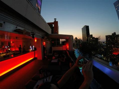 sky room rooftop sky room rooftop picture of sky room new york city tripadvisor