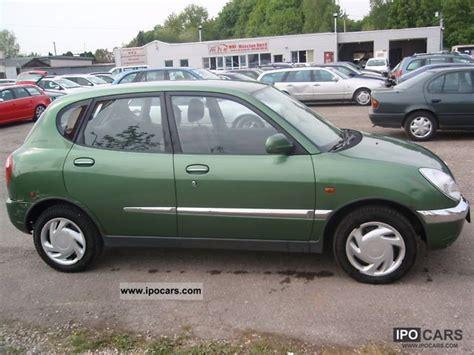 daihatsu sirion 4x4 1999 daihatsu sirion 4wd 4x4 four wheel car photo and specs