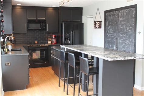 Kitchen Design Indianapolis by Indianapolis Black Kitchen With Style Contemporary