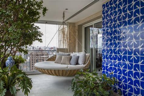 Greek Home Decor by Varanda Para Receber Com Verde E Arte Casa Vogue