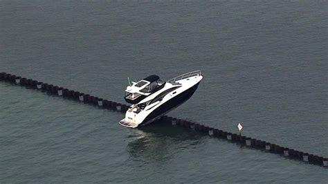 u boat watch repairs london yacht freed from barrier in oakland estuary taken to dock