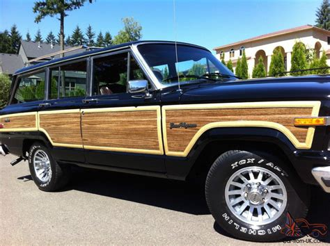 1988 jeep wagoneer 1988 jeep grand wagoneer 4x4 v8 no reserve