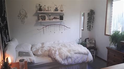 40 serenely minimalist bedrooms to help you embrace simple comforts best ideas of 40 serenely minimalist bedrooms to help you