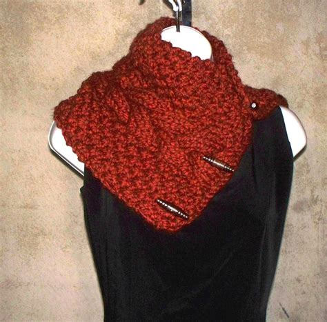 knitted cowl with buttons pattern 1000 images about knitted cowls on