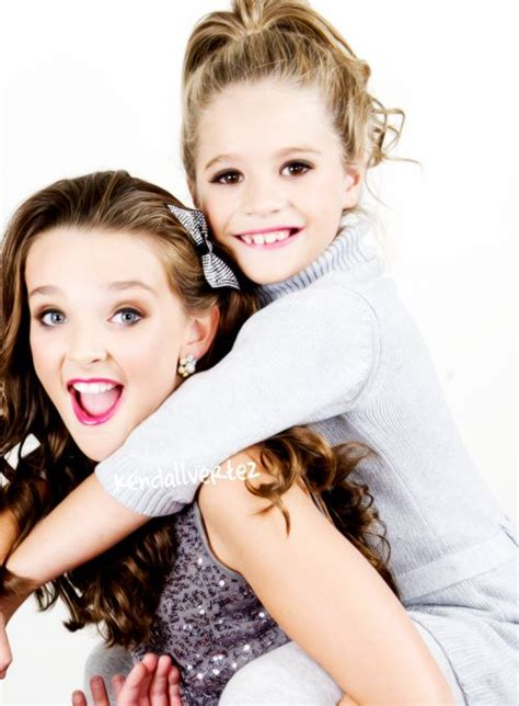 dance moms maddie and kenzie 99 best images about mackenzie ziegler on pinterest