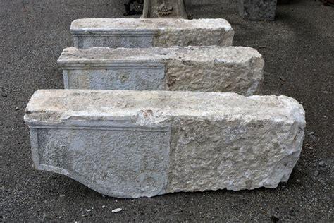 Mensole Antiche Tre Antiche Mensole In Pietra Epoca 1800 Antiquariato