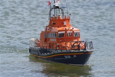 model boats wanted wanted top quality trent class lifeboat model boats