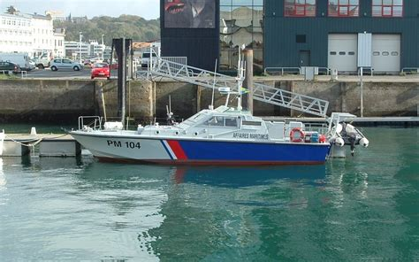 patrouilleur et vedette des affaires maritimes