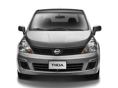 nissan tiida 2015 2015 nissan tiida sedan pictures information and specs
