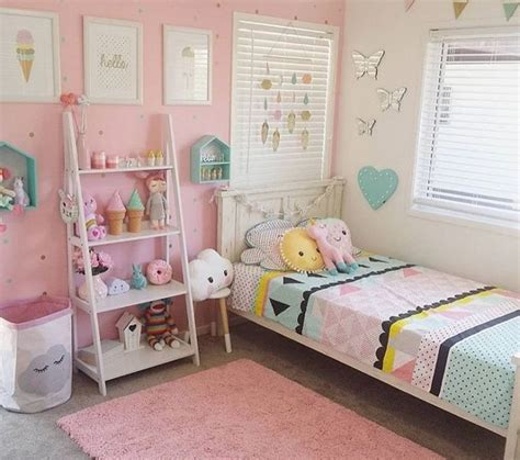25 best ideas about twin girl bedrooms on pinterest bedroom for girls ideas bedroom design hjscondiments com