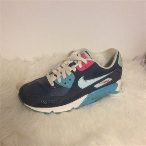 Steve Madden 4y by 46 Nike Shoes Nike Airmax Size 4y From Megan S Closet On Poshmark