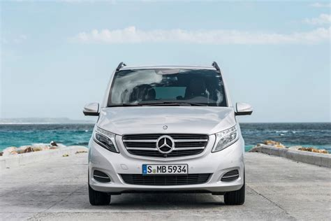 luxury minivan mercedes new mercedes v class luxury minivan pictures and details