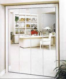Closets With Mirrored Doors by Mirrored Closet Doors Ideas Mirrored Closet Doors