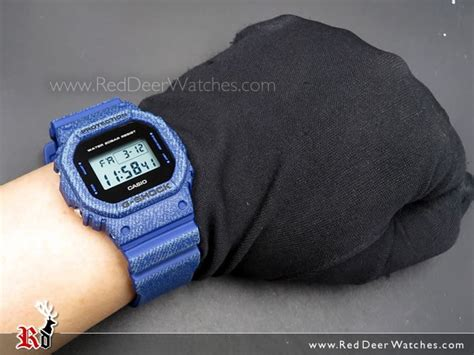 casio g shock digital classic denim blue dw 5600de 2 dw5600de reddeerwatches