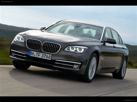 2013 Bmw 750li bmw 750li 2013 car picture 19 of 44 diesel station