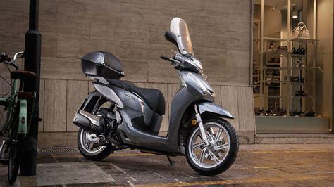 scooter pedana piatta panoramica sh300i scooter gamma moto honda