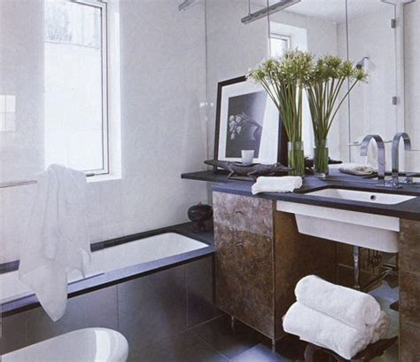 30 small bathroom remodeling ideas and home staging tips small bathroom design ideas and home staging tips for