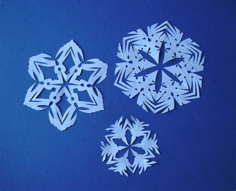 Snowflakes Paper - paper snowflakes bead happily after