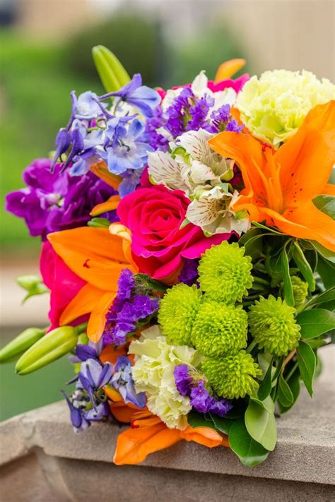 why are flowers brightly colored top 25 ideas about bouquets flowers non floral