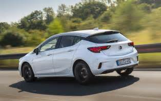 Opel K Opel Astra K Gains Opc Line Sport Pack Autoevolution