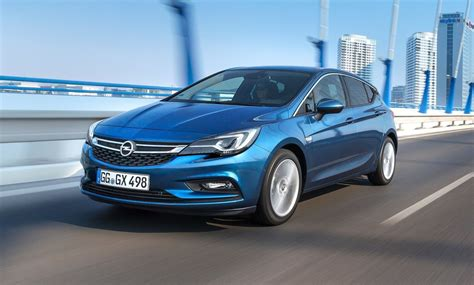 Opel Gtc 2019 by Opel Astra Gtc 2019 Listino Prezzi Motori E Consumi Allaguida