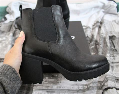shoes black boots black flatforms booties ankle boots high