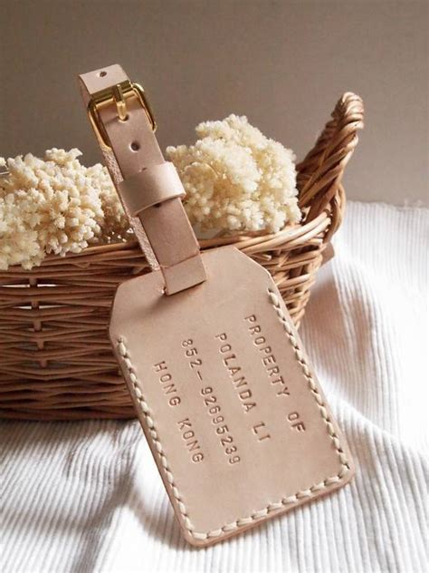 Wedding Gift Ideas For Your by 10 Wedding Gift Ideas For Your Favourite Travel Loving