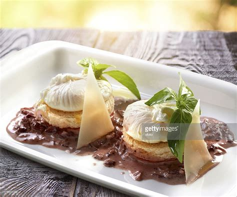 Pictures Of Poached Eggs