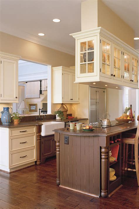 antique white kitchen ideas kitchen inspiration southern living