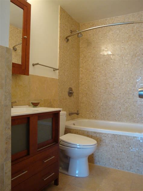 Condo Bathroom Ideas Small Bathroom In Lincoln Park Condo Contemporary Bathroom Chicago By Design Build 4u