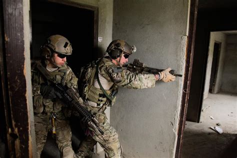 room clearing tactics u s special forces practice room clearing techniquesdiscover discover