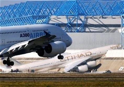 etihad airbus crashes into wall during testing airline world etihad a380 crash www pixshark com images galleries