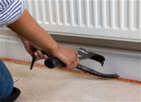 How To Fix Carpet Gripper To Concrete Floor by How To Carpet A Room Help Ideas Diy At B Q