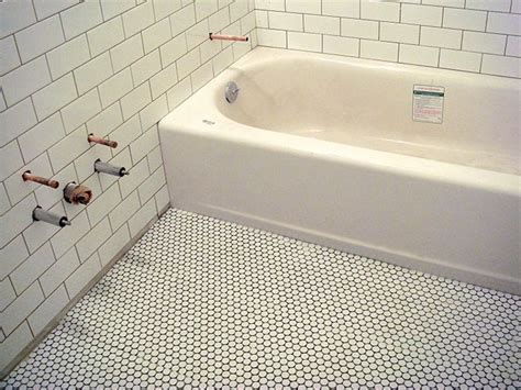 Bathroom Floor Tile White Grout White Tile With Grout Bath S