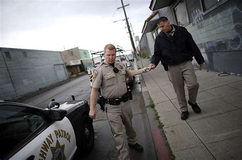 Chp Offices by Oakland S Use Of Chp Help Draws Critics Sfgate