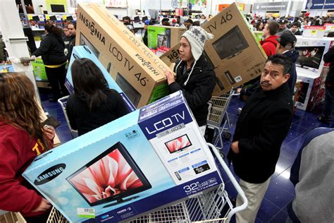 Friday Date With The Tv by Why Black Friday Tv Deals Aren T Deals At All Dayfire