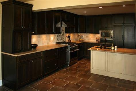 colors for kitchens with dark cabinets cherry kitchen cabinets kitchen with cherry cabinets