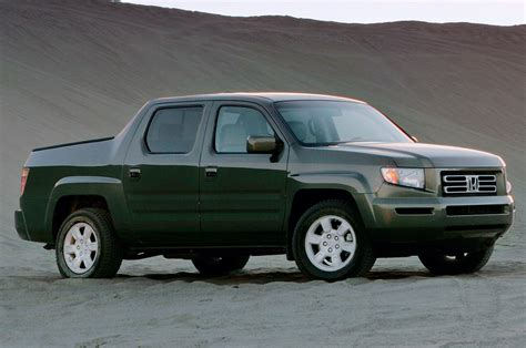 truck honda 2006 honda ridgeline 2006 truck of the year road test
