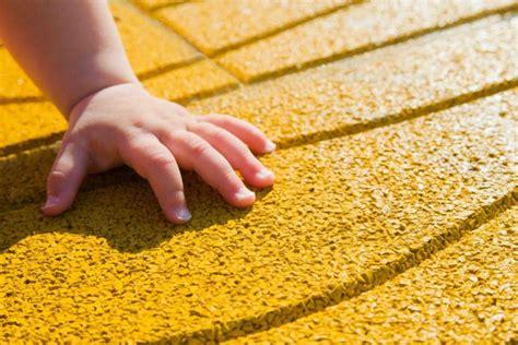 piastrelle antitrauma pavimenti vinilici antitrauma roma pavimenti antitrauma a