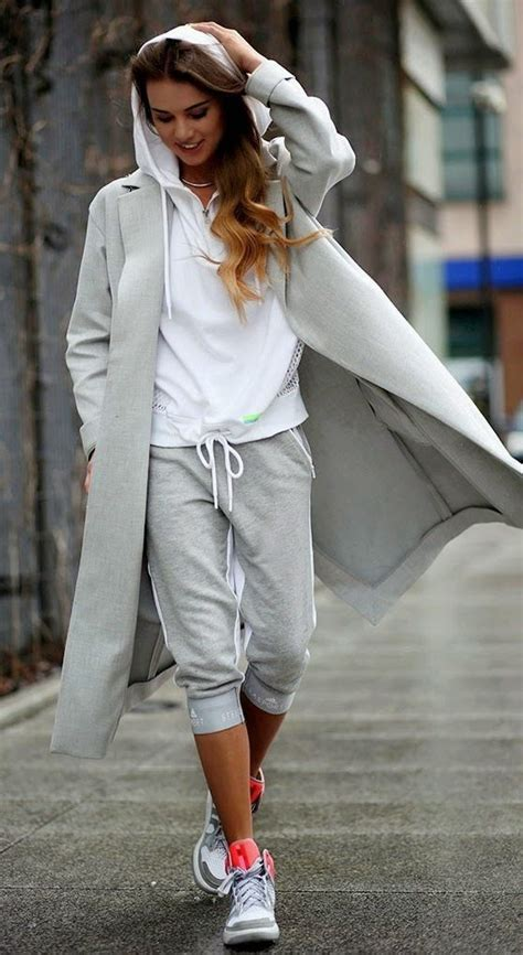 women sporty style  ways    fashionable sporty