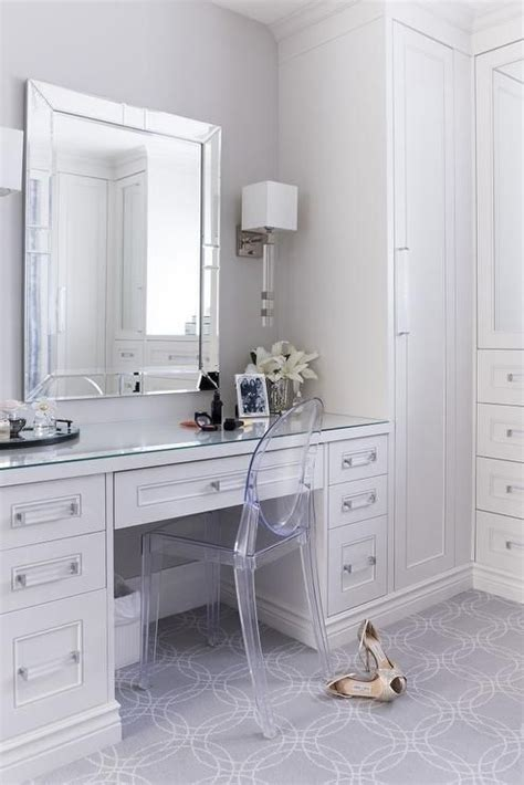 Built In Vanity Dressing Table by 25 Best Ideas About Built In Vanity On Bedroom Dressing Table Dressing Table