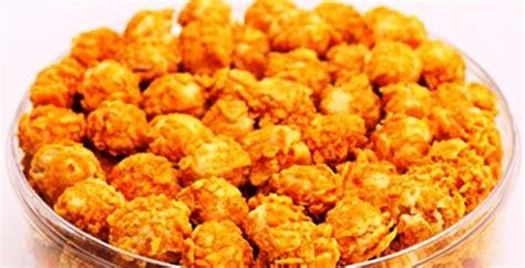 membuat kue kering yang praktis resep kue kering cornflakes praktis mudah resep cara masak