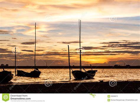 lake time boats lake fishing boat silhouette
