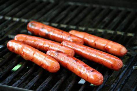 grilling dogs south dish skillet chili sauce
