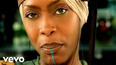 who sang my erykah badu of my an ode to hip hop ft