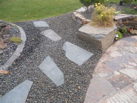 Landscape Rock Idaho Falls Brownstone Set In 1 Perma Bark Wolverine Rock And Mulch