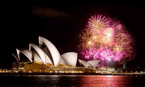 sydney opera house new year sydney opera house at with fireworks www pixshark