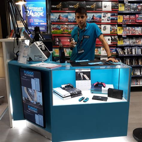 gamestop pavia centro commerciale bennet san martino mobile outfitters