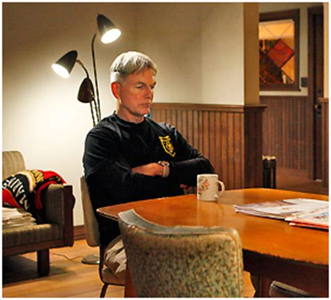how does gibbs get boat out of basement ncis season 7 episode 6 outlaws and in laws recap ncis