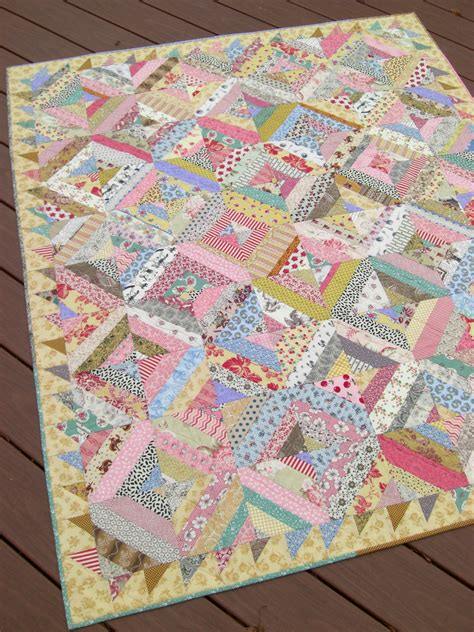 Sawtooth Quilt Border by Griska Quilts Sweet String Quilt With Sawtooth Border